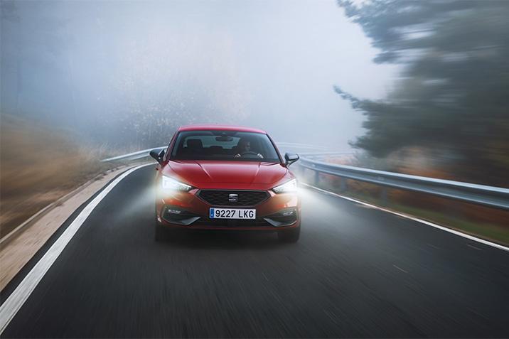 Új SEAT Leon e-HYBRID: piacra lép a márka első plug-in hibrid modellje